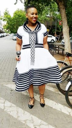 South African Dresses, South African Traditional Dresses, Traditional Dresses Designs, African Fashion Skirts, South African Fashion, African Fashion Designers, African Print Dresses, African Print Fashion, Africa Fashion