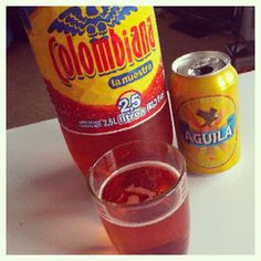 Refajo one of Colombias mos famous drinks. It's a combination of Colombianan soft drink and beer. A definite must try! Famous Drinks, Colombian Food, The Beautiful Country, Food Pictures, Stuff To Do, Great Recipes, Alcoholic Drinks, Beer, Soft Drink