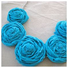 recycled fabric rosette necklace tutorial photo