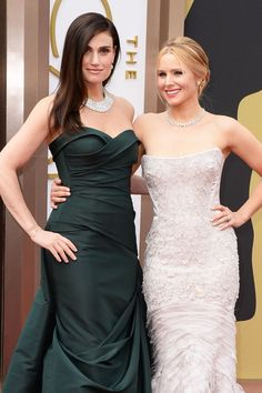 Oscar Jewelry 2014: Kristen Bell, Charlize Theron's Statement Necklaces