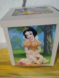 Lunch Box, Frame, Home Decor, Picture Frame, Decoration Home, Room Decor, Frames, Bento Box, Interior Design