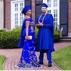 This Colour 💙💜 So vibrant. Cameroon and Jamaica Planner Photo African Print Wedding Dress, African Wedding Attire, African Attire, African Wear, African Dress, African Weddings, African Fashion Traditional, African Traditional Wedding, African Men Fashion