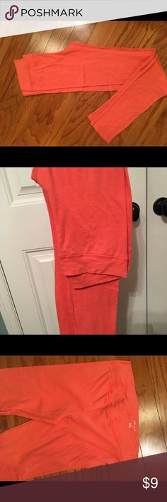 wet seal leggings size Medium. SWEET!! Leggings Wet seal Size Medium. EUC Wet Seal Pants Leggings