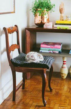 03-decoracao-hall-cadeira-antiga