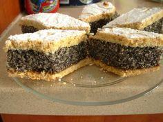 Prajitura cu mac - Retete in imagini - Culinar.ro Forum Romanian Desserts, Great Recipes, Favorite Recipes, Hungarian Recipes, Izu, Raw Vegan, Cake Cookies, Sweet Treats, Deserts