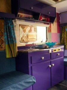 Tiny Campers Interior Gypsy Wagon New Ideas Diy Caravan, Camper Caravan, Popup Camper, Best Pop Up Campers, Happy Campers, Vintage Caravans, Vintage Trailers, Gypsy Trailer, Scamp Trailer
