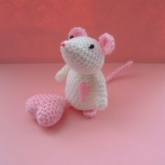 Amigurumi + Hearts?  Love.