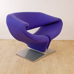 Artifort Ribben Chair  Stunning - 4 available. Call now for a quote!