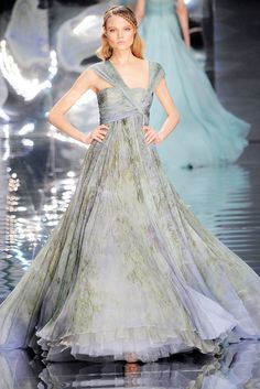 Elie Saab Spring 2010 Couture Fashion Show - Magdalena Frackowiak