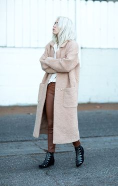 Courtney Trop of Always Judging wears a white shirt, pink coat, brown leather pants, and black ankle boots Fashion Words, Stylish Boots, Fresh Outfits, Shoes With Jeans, Style Snaps, Weekend Outfit, Street Chic, Who What Wear, Star Fashion