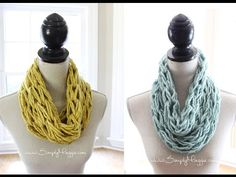 How to Arm Knit a Single Wrap Infinity Scarf in 20 Minutes with Simply Maggie - YouTube