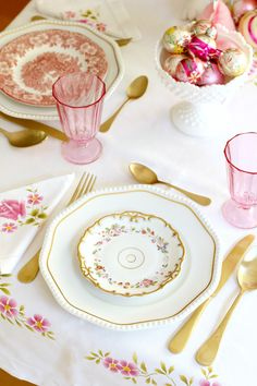 Spring Tablescape - Easter - pink & gold