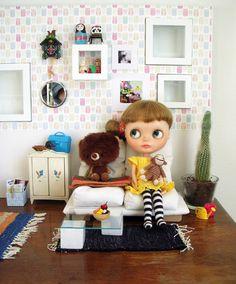 Doll room : Blythe Doll - love the room!