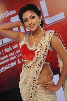 Amala Paul - www.ciniface.com