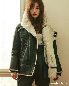 """Now that """"W – Two Worlds"""" has wrapped, Han Hyo Joo can be seen in the October pages of Marie Claire, modeling winter coats. How is it that no matter what color, type or style of c… Korean Actresses, Korean Actors, Bh Entertainment, Star Fashion, Fashion Outfits, Fashion Ideas, Womens Fashion, Han Hyo Joo, W Two Worlds"""