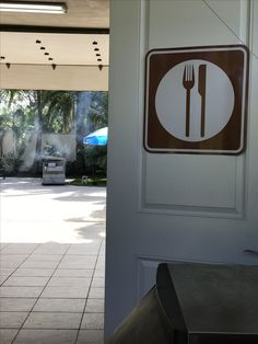 This way to the buffet