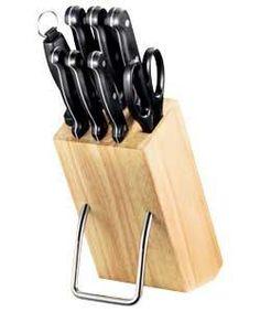 8 Piece Wooden Knife Block Set.