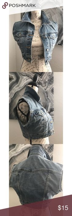 BEBE CROPPED JEAN DRESS S Vintage piece like new bebe Jackets & Coats Jean Jackets