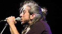 Δε λες κουβέντα (Acapella) | Γιάννης Χαρούλης Einstein, Concert, Artist, Youtube, Greece, Musik, Artists, Concerts, Youtubers