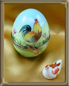Limoges Rochard Easter Egg with Chicken