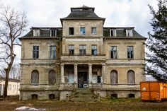 RICHTER'S VILLA, Barutherlandstraße, Sperenberg, Am Mellensee, Teltow Fläming, Germany. A country estate at Sperenberg, upon Which he had Otto Miethke build the castle-like farmhouse in 1912. That was sold in 1927 to The Konsumgenossenschaft Berlin, Which turned it into children's convalescent home Sperenberg (Sperenberg Children's Recreation Home) where kids from 8 to 14 years of age were Housed for 28 days at a time.