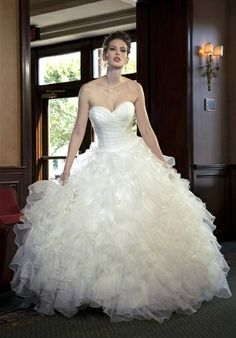 Can't decide if I want a big princess gown or not!    Sophia Moncelli for Kleinfeld
