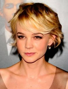 Pic Short Bob With Layers and Bangs