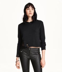 H&M Short, fine-knit hooded sweater in cotton with heavily distressed details and long sleeves.