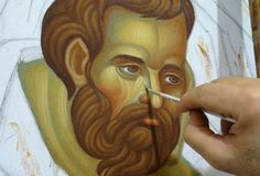 Painting the face in a Byzantine icon. By Theodoros Papadopoulos Byzantine Icons, Byzantine Art, Religious Paintings, Religious Art, Paint Icon, Medieval Paintings, Russian Icons, Painting Workshop, Face Painting Designs