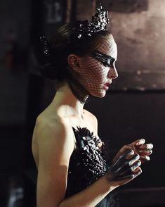 Black Swan Movie, Black Swan 2010, Movie Costumes, Dance Costumes, Couple Costumes, Disney Costumes, Adult Costumes, Halloween Outfits, Halloween Costumes