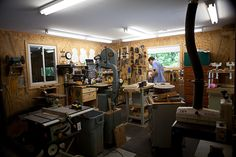 Luthier Shop, Lichty Guitars