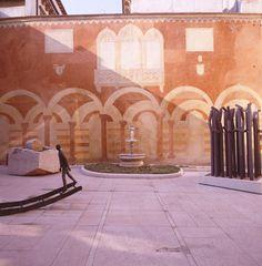 Palazzo Forti - Verona - galleria d'arte moderna, bijna onvindbaar, maar heel mooi oud en nieuw gecombineerd
