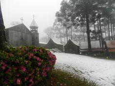 Neve - paisagem em Caxias do Sul, RS - 27 de Agosto, 2013.
