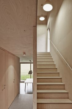 Image 8 of 13 from gallery of House Feurstein / Innauer‐Matt Architekten. Photograph by Adolf Bereuter Plywood Interior, Plywood Walls, Interior Stairs, Interior And Exterior, Container Home Designs, Cabinet D Architecture, Interior Architecture, Wooden House, Staircase Design