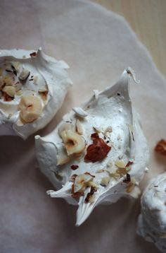 Poires au Chocolat: Brown Sugar, Cinnamon and Hazelnut Meringues