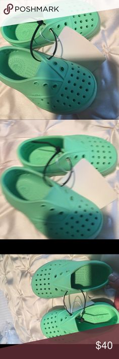 Glow in the dark Native shoes c7 So cute , glow in the dark.. new never worn read c7.. will fit a toddler 6-7. Never worn Native Shoes