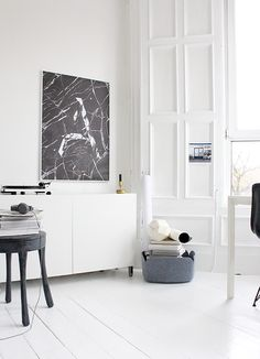 All white interior Modern Interior Design, Interior Styling, Interior Architecture, Monochrome Interior, Apartment Interior, White Apartment, Home And Deco, Scandinavian Interior, Scandinavian Style