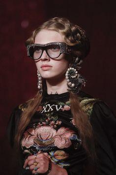 Like: heysuede #Fashion for the younger via @Liao_a Post #moda