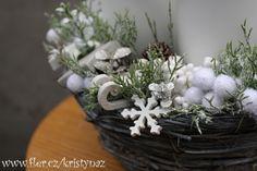 Sněhobílý adventní svícen / Zboží prodejce kristynaz   Fler.cz Table Decorations, Plants, Furniture, Home Decor, Decoration Home, Room Decor, Home Furnishings, Plant, Home Interior Design