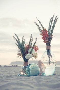Take a look at the best beach wedding flowers in the photos below and get ideas for your wedding!!! Chic starfish accent a bouquet of hydrangeas and lilies. Beach wedding bouquet Image source Wedding Ideas: How to Plan a Rustic… Continue Reading →