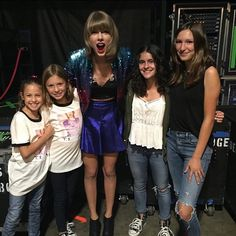 Taylor backstage with fans before the show in Los Angeles night four! 8.25.15