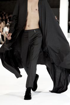 Dior Spring 2011 Mens Jacket Will always be an obsession of mine. Got The Look, Minimal Fashion, Menswear, Vogue, Normcore, Glamour, Style Inspiration, Mens Fashion, My Style