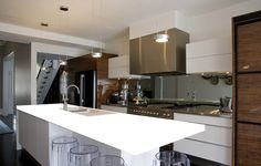 Kitchens and bathrooms structure a huge piece of the house. While offering a home later on, you will be having purchasers giving careful consideration to these spots. http://www.primoremodeling.com