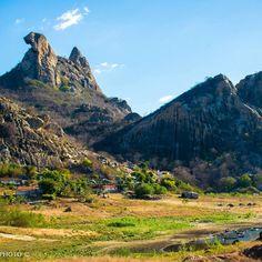 Quixadá - CE: Pedra da Galinha Choca