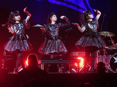 Babymetal - Su-metal ( Suzuka Nakamoto), Yuimetal (Yui Mizuno), Moametal (Moa Kikuchi) & the Kami Band | by Peter Hutchins