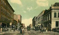 Fourth Street in Sioux City Iowa - circa 1900