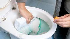 Πώς να εξαφανίσετε το πουρί στο μπάνιο Food Decoration, Green Cleaning, Tool Box, Housekeeping, Clean House, Cleaning Hacks, Washing Machine, Diy And Crafts, Home Appliances