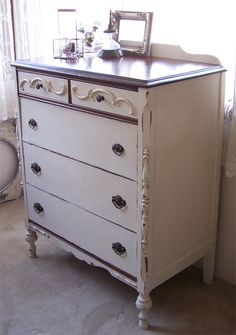 bad rabbit vintage - painted furniture with attitude : Using CeCe Caldwell paint for the first time