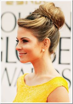 simple yet lovely retro updo. I like this with some added loose curls on sides or something.