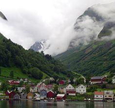 Nærøfjorden, Gudvagen (Viking Valley)